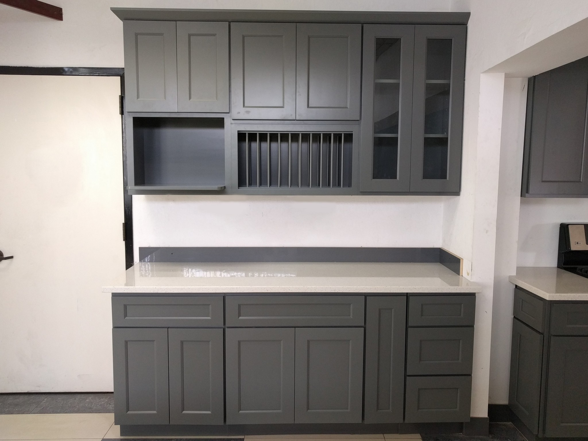 cabinet solid royal decobizz cabinets wood com kitchen